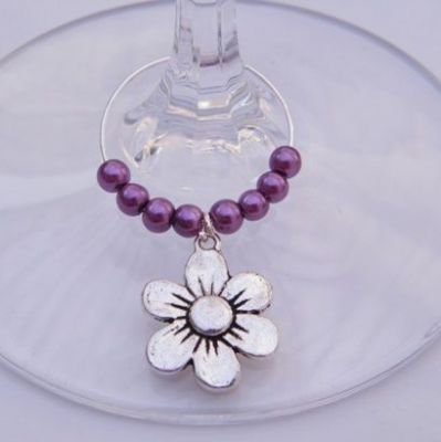 Daisy Flower Wine Glass Charm - Beaded Style
